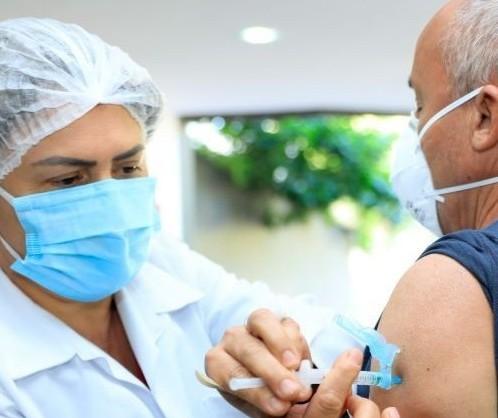 Confira como será a vacinação contra a Covid-19 nessa segunda-feira (18) em Maringá
