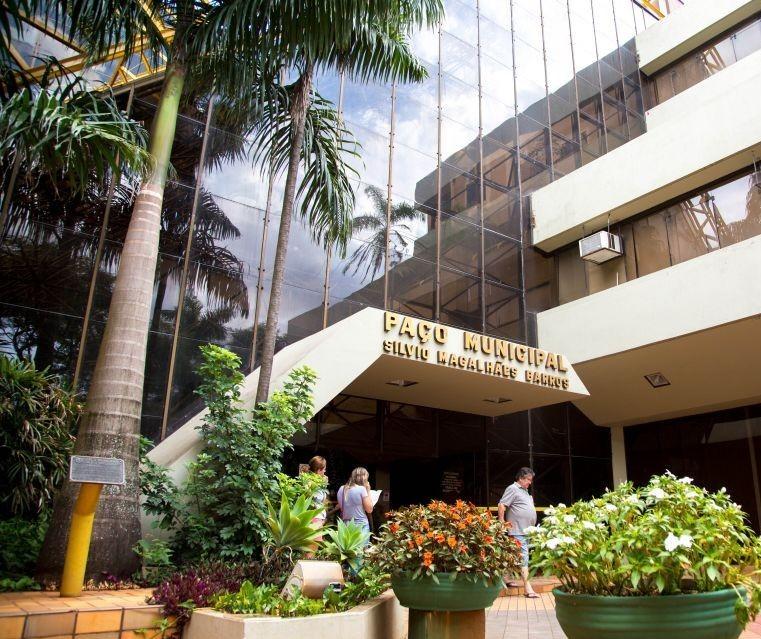 Recursos do FPM vão garantir empréstimos de R$ 42 mi da prefeitura
