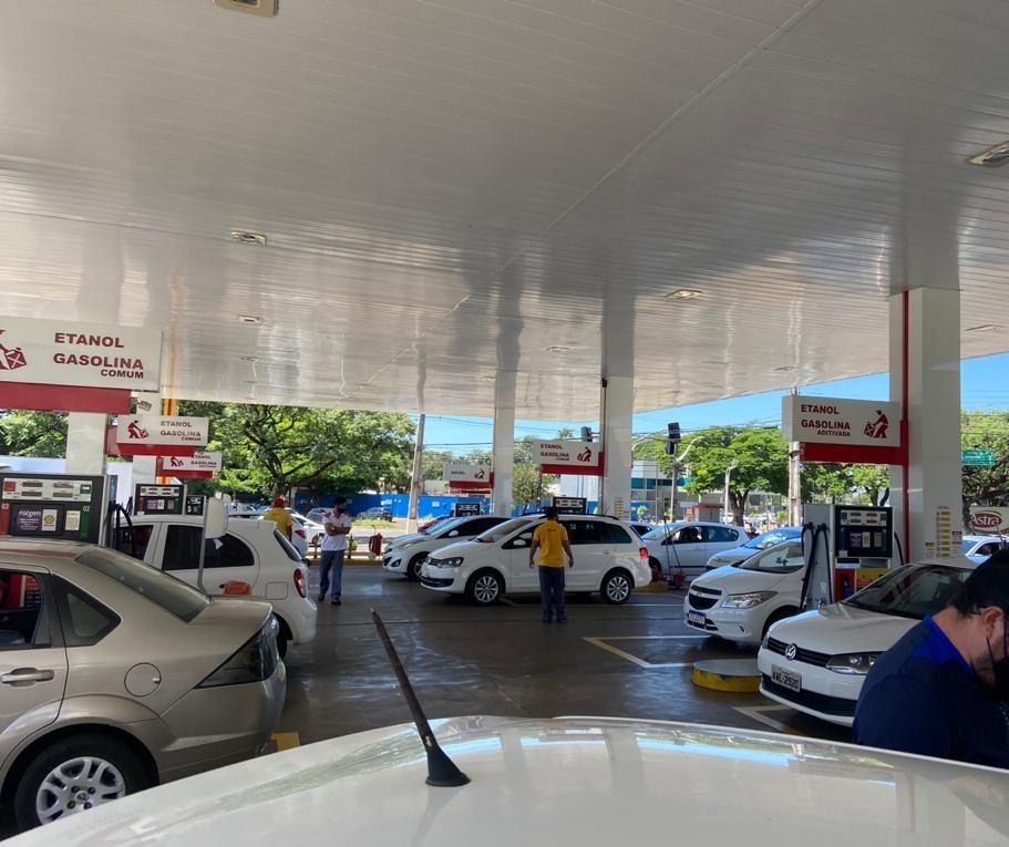 Vamos falar sobre... o preço dos combustíveis