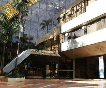 Maringá pode adotar bandeira laranja na segunda-feira, diz Vigilância em Saúde