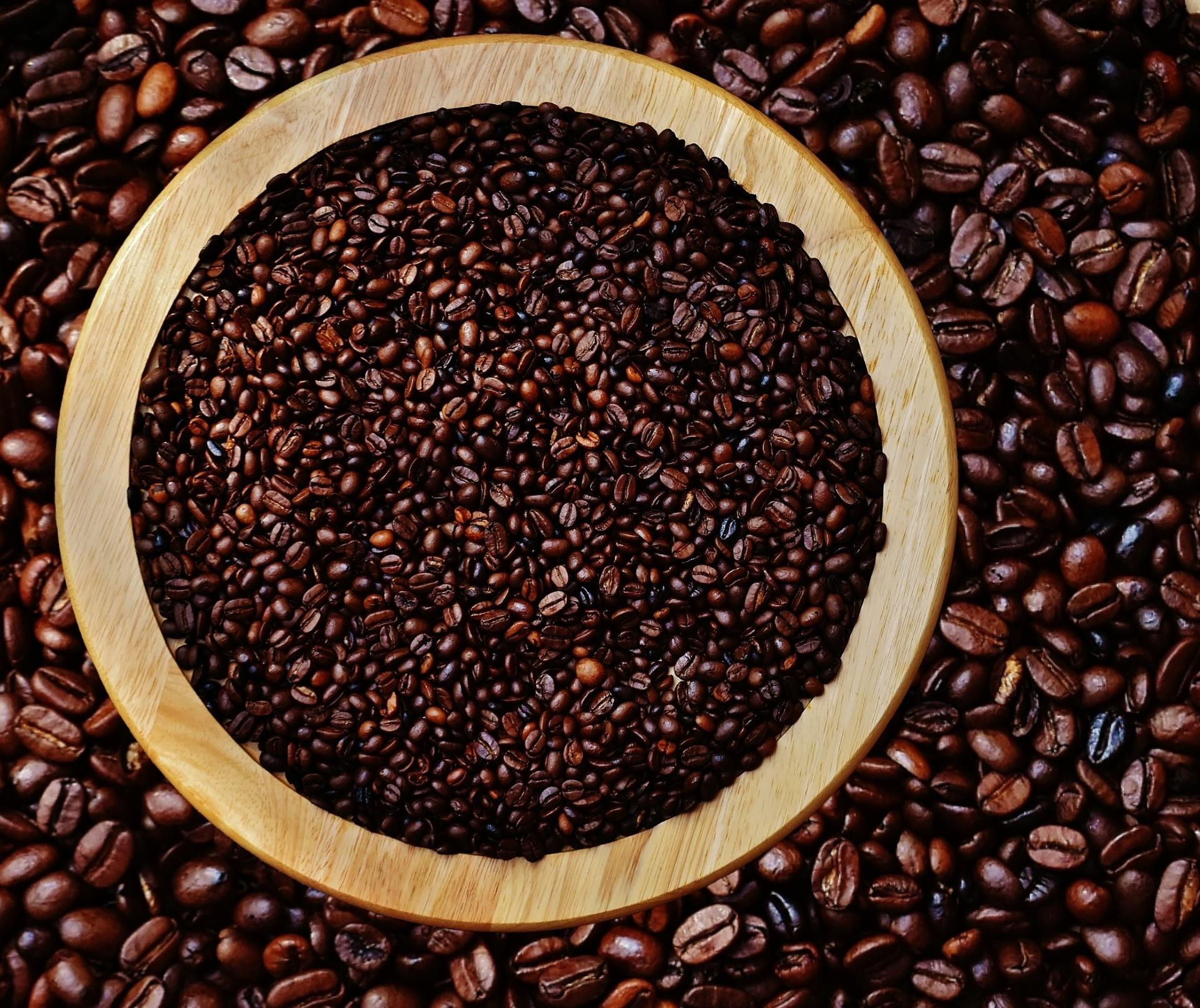 Café em coco custa R$ 7,15 Kg