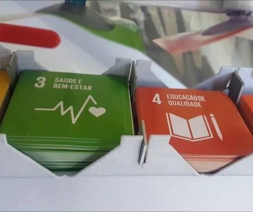 Empresa paranaense explica os ODSs por meio de álbum de figurinhas