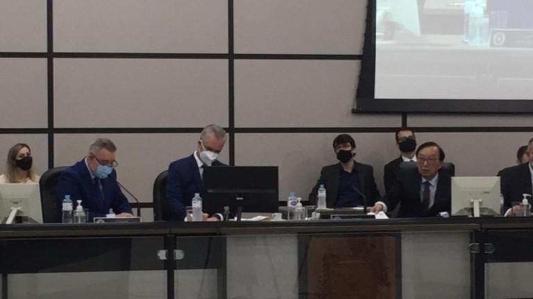 Prefeito comenta decisão de servidores contrários às aulas presenciais