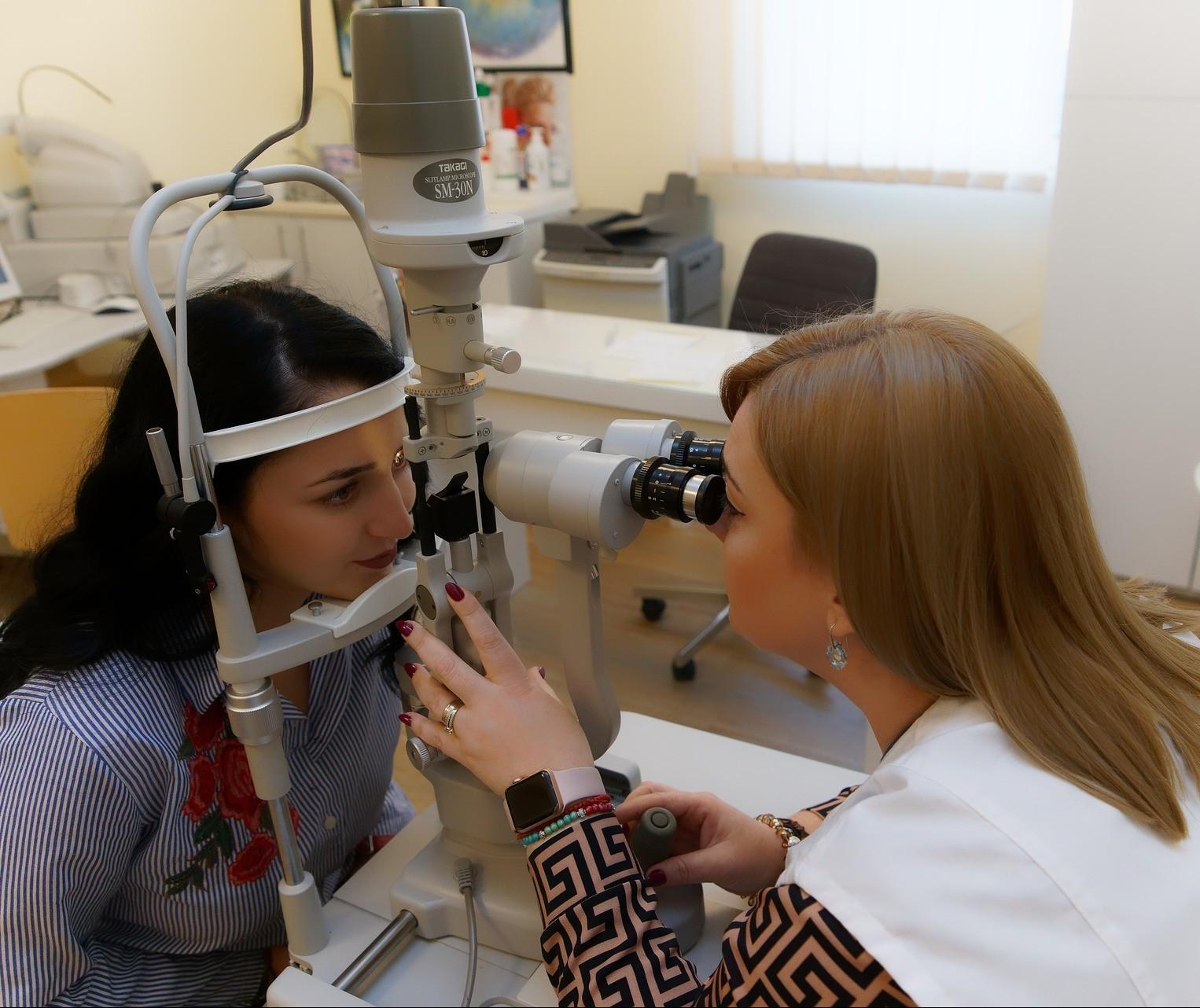 Associação Paranaense de Oftalmologia contesta optometristas