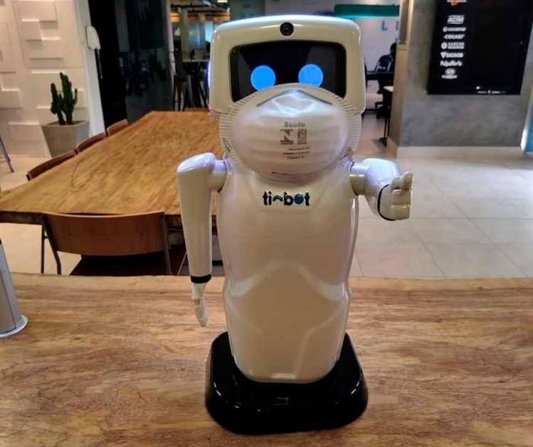 Robô criado em Maringá entra na luta contra a Covid-19