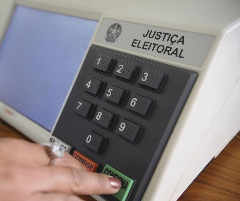 Justiça Eleitoral anula votos de partido acusado de lançar 'candidata laranja'