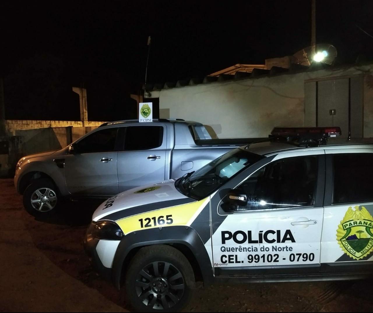 Ladrões invadem casa, roubam caminhonete e trocam tiros com a polícia