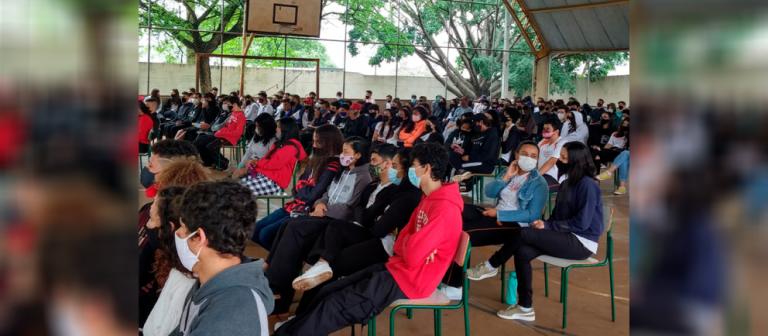 Projeto Mobiliza Maringá é retomado nas escolas públicas