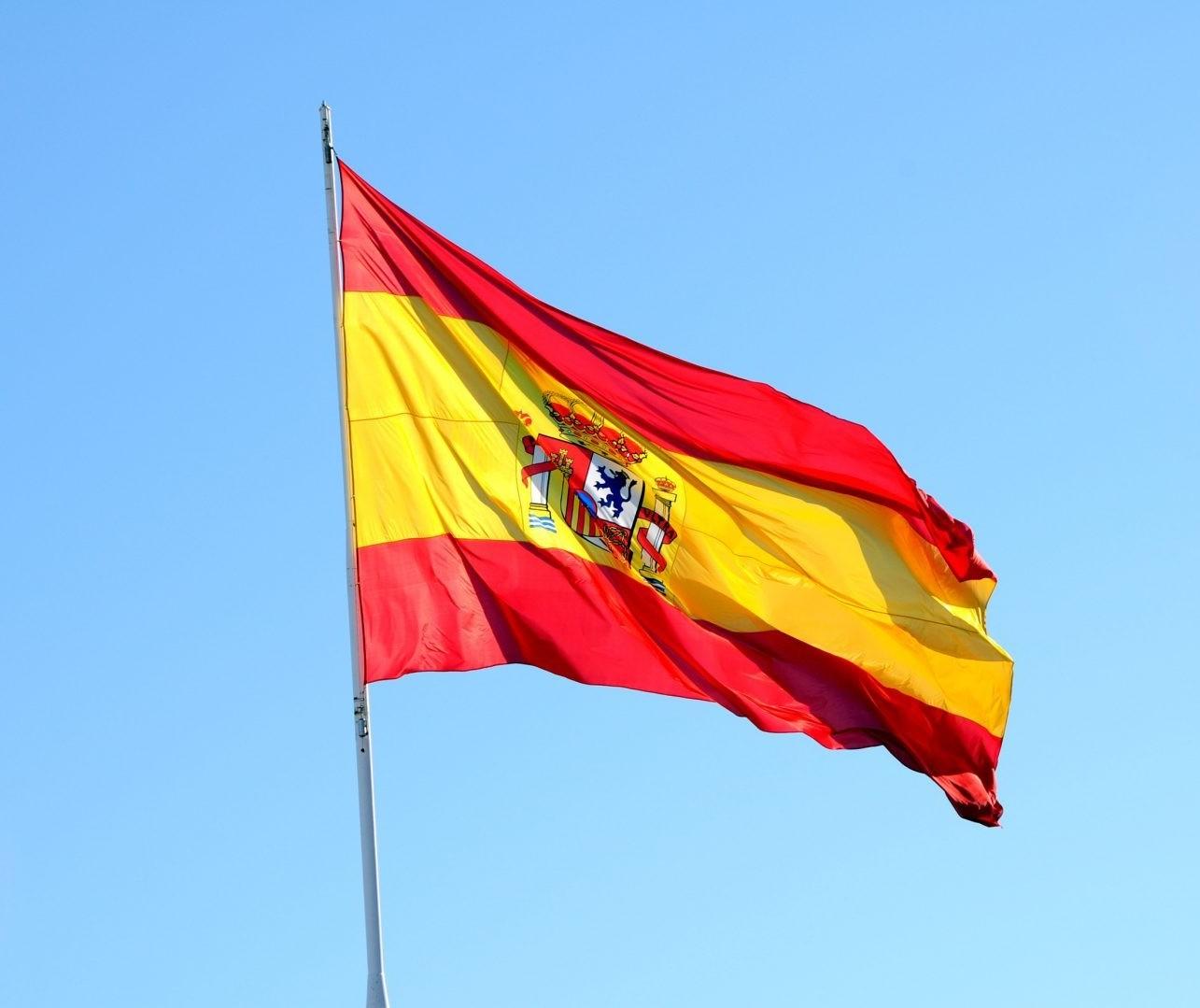 Brasileiras que vivem na Espanha contam como é a rotina por lá