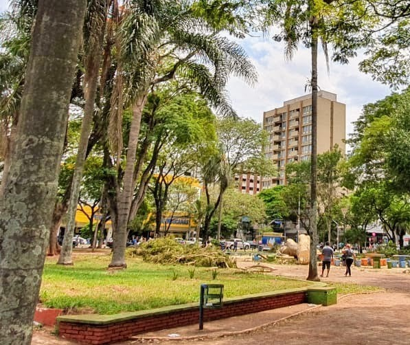 Duas empresas foram habilitadas para reforma da Praça Napoleão Moreira